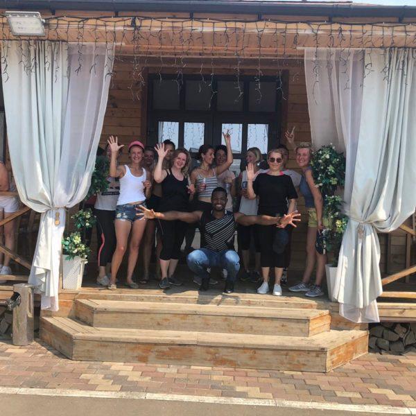 Танцевальный клуб в поселке Бремен — школа латиноамериканских танцев прямо в поселке!